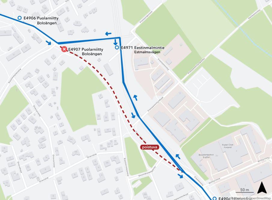 Kartta suljettavasta pysäkistä Finnoontiellä ja samoilla kohdin Espoonväylällä olevasta uudesta pysäkistä E4971. Etäisyys noin 250 metriä