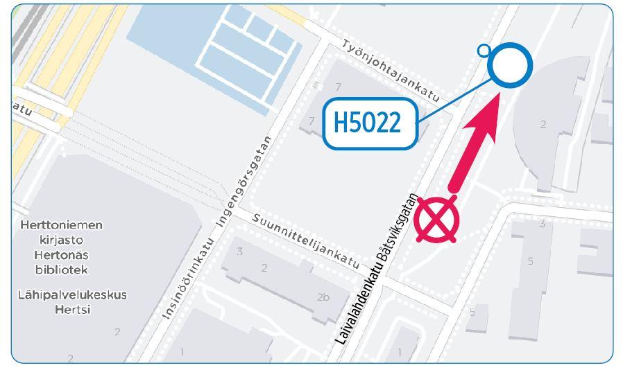 Kartta: pysäkki H5022 siirtyy 50 metriä kauemmas Linnanrakentajantiestä Itäkeskuksen suuntaan.